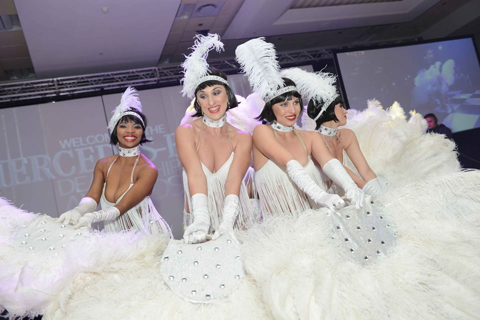 white feathers (1)